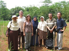 sigrid heuer and matthias wissuwa with collaborators in indonesia-web
